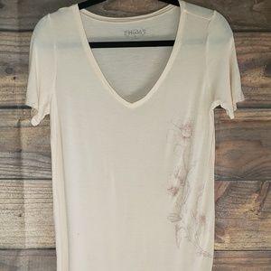 Super cute mudd tshirt